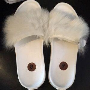 New White Ugg Pool Shoes Slides w fur 8